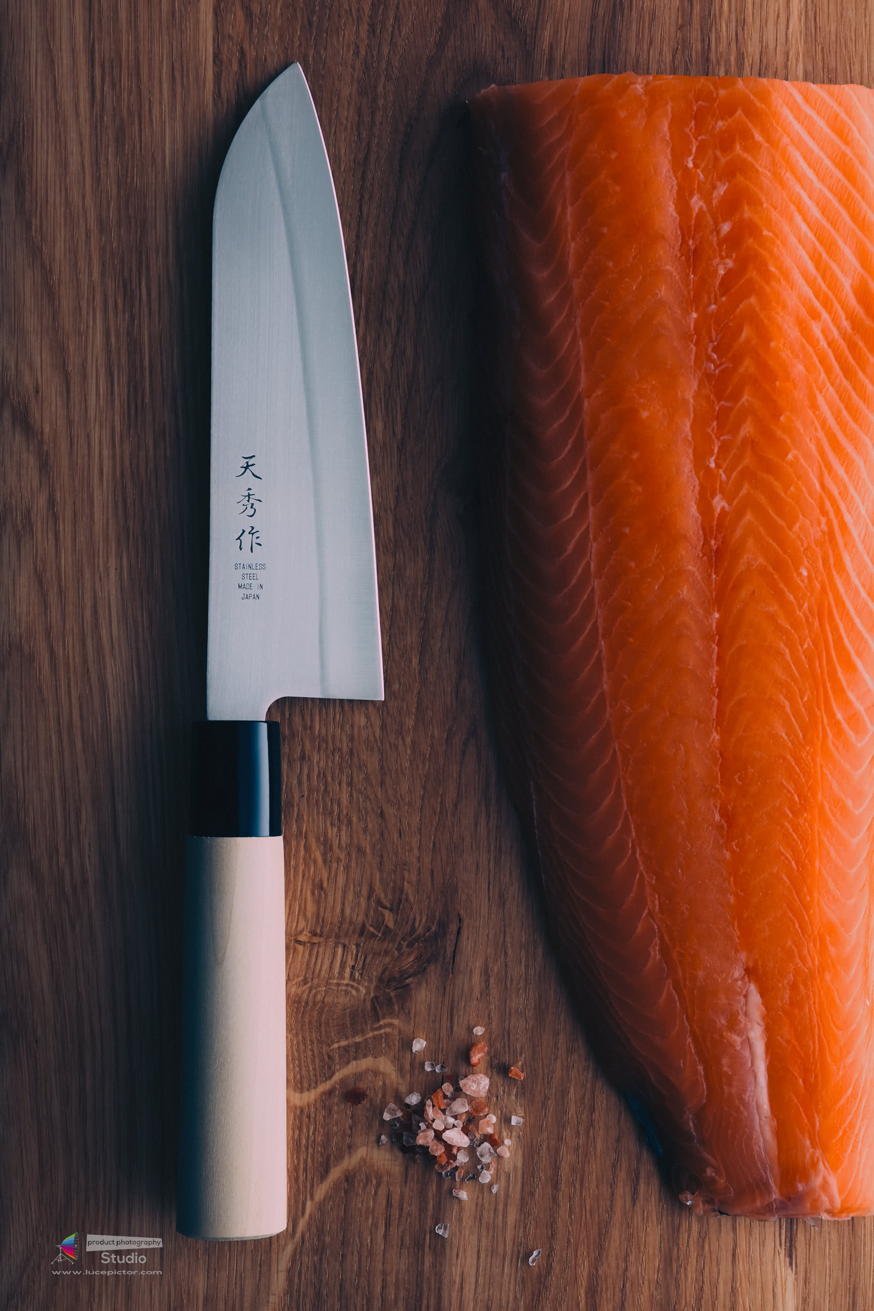 kitchen knife product photography